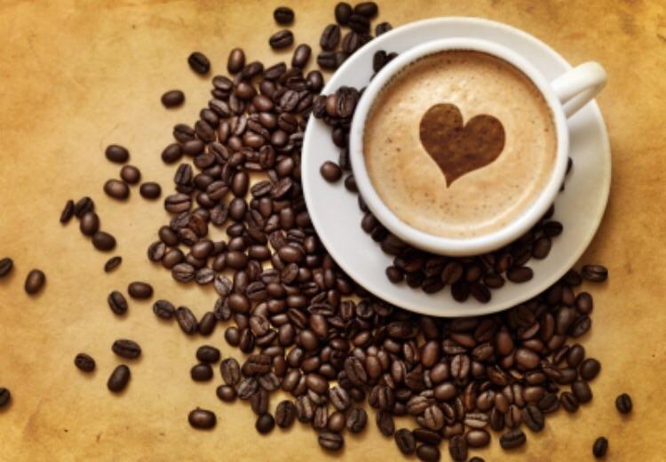 Wer  einen guten Kaffee genießen möchte, ist im brotzyt genau richtig.  Wir haben an diesem Sonntag für euch geöffnet :-)
